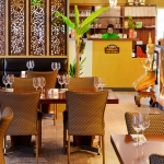 Dine in a warm, relaxed and spacious traditional thai restaurant