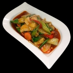 21 Crispy Chicken in sweet and sour sauce with pineapple, cucumber, onion, spring onion, tomatoes, carrots & peppers.