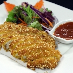 2A Crispy Chicken with sesame served with Siam Sauce.