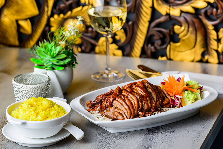 PED MAKAAM - CRISPY ROAST DUCK WITH A DRESSING OF CRISPY NOODLES & TAMARIND SAUCE