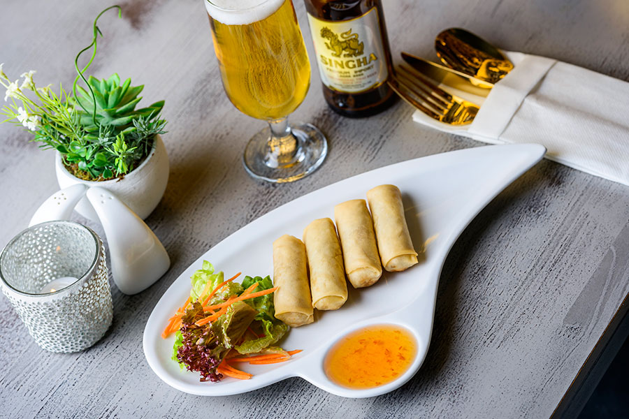 POPIA TOD SPRING ROLLS WITH MIXED VEGETABLES & BEAN VERMICELLI SERVED WITH PLUM SAUCE (4,9) (V)